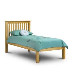 This beautiful Barcelona Kids Bed is a contemporary shaker styled full sized single bed frame finished in a warm Antique Pine Finish.