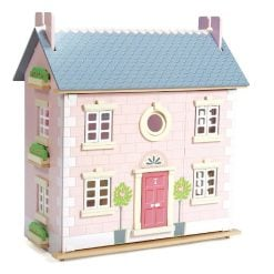 Le Toy Van Bay Tree Dolls House is beautifully made and fully decorated inside and out, laid out over three levels. Suitable for 3 years +