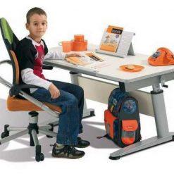Children's Desks & Chairs