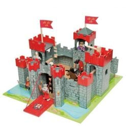 Le Toy Van Lionheart Castle is a wonderful wooden Castle playset featuring seven towers and a drawbridge, suitable from 3 years +