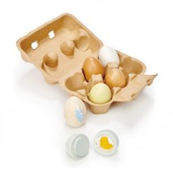 Tenderleaf Toys Wooden Eggs are a realistic egg box that contains 6 solid wood eggs. 3 natural wood, and 3 are painted