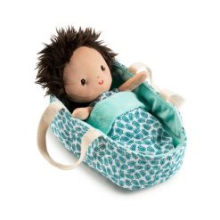 Lilliputiens Baby Ari with her super soft body and cute smile will make you immediately fall in love with her. Ari has a beautiful carrycot with its own matching blanket